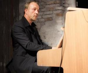 Konzert von Herrn Hechenbichler mit Freunden  im Stemmlerhof in München am 30.10.2015.